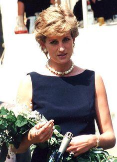 Diana Princesa Diana, Princesa Real, Lady Diana Spencer, Spencer Family, Princess Diana Family, Royal Princess, Diana Statue, Prinz Charles, Reine Victoria