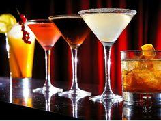 Aprenda a preparar drinques clássicos e técnicas para entrar no mercado de bebidas
