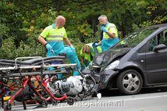 Motorrijder ernstig gewond na frontale aanrijding Anna's Hoeve - FotoJakma.nl