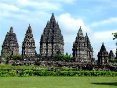 Prambanan or Rara Jonggrang is a Hindu temple compound in Special Region of Yogyakarta, Indonesia, dedicated to the Trimūrti, the expression of God as the Creator, the Preserver and the Transformer Places To Travel, Places To Go, Borobudur Temple, Places Worth Visiting, Hindu Temple, World's Most Beautiful, Beautiful Buildings, Tourism, History