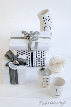 Liebesbotschaft: gift wrapping ideas + winner + some words about Christmas