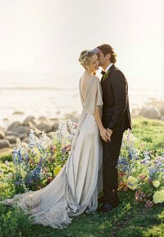{Coronas y diademas de flores para novia & Mag Rouge} - Blog de bodas {Love Notes} de Vintage & Chic · Blog de bodas {Love Notes} de…
