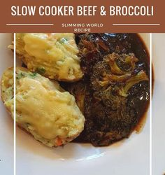 This slow cooker beef and broccoli recipe is Slimming World friendly and works out at only 2 syns per serving. It's lovely served with rice Slow Cooker Beef Broccoli, Broccoli Beef, Broccoli Recipes, Slimming World Beef Recipes, Slow Cooker Slimming World, Pasta Plus, Best Meal Prep, Beef Dishes, Winter Food
