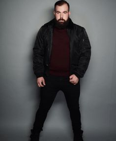 Profession : Plus Size Male Model - Mannequin homme grande taille - Ben Whit