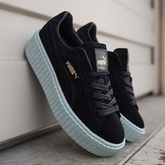 Puma Creeper Like new! Comes with box and fenty shoe bag Puma Shoes Sneakers Zapatillas Puma Rihanna, Rihanna Puma Sneakers, Rihanna Puma Creepers, Sneakers Mode, Sneakers Fashion, Puma Sneakers Suede, Shoes Sneakers, Fashion Outfits, Puma Creepers Outfit
