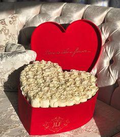 Romance & luxury with JAdore The Suede Heart Shape boxes are  #jadorelesfleurs #freshroses #JLF #Luxury