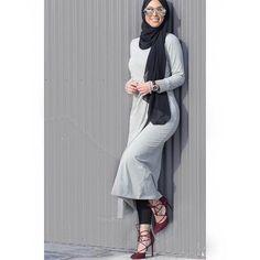 ❄❄❄❄❄❄❄❄❄❄❄❄❄❄❄❄❄ @hanantehaili ♡♡♡♡♡♡♡♡ #tesettur#hijabfashion #hijabstyle #hijabbeauty #winter #beautyblogger #hijabstyleicon #beauty #hijab #hijabmurah #hijabinstan #beautiful #hijabmurah #hijabers #hijabtutorial #hijabvideod