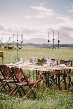 Glamping Under the African Sun. Total Bohemian Safari wedding vibes with camping chairs and natural Safari Wedding, Lodge Wedding, Rustic Wedding, Bush Wedding, Fall Wedding, South African Weddings, Nigerian Weddings, Glamping Weddings, Vintage Safari