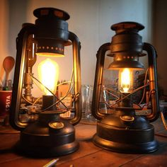 Just finished these oil lamps, now looking good with bulbs. (at Upcycled Creative) Lantern Lamp, Candle Lamp, Antique Oil Lamps, Vintage Lamps, Camping Lamp, Gas Lanterns, Diy Light Fixtures, Cabin Lighting, Copper Lamps