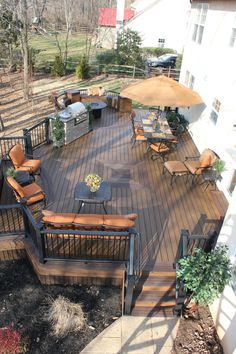 Trex Transcend Tropics Deck with hot tub area, and a custom curved bench