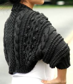 Just the shrug! Nordic Chic, Hand Knitting, Knitting Ideas, Knitted Hats, Knit Crochet, Maternity Cardigans, Bows, Trending Outfits, My Style