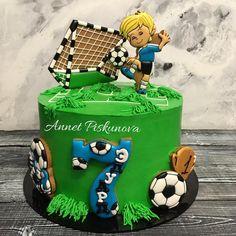 250 отметок «Нравится», 4 комментариев — Анна Пискунова (@annetpiskunova) в Instagram: «И опять футбол, только теперь со светленьким мальчиком)) ⚽️⚽️⚽️ Ванильный бисквит, шоколадный крем-…»