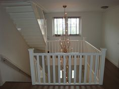 House Stairs, Staircase Design, Diy Projects To Try, Garden Styles, Cribs, Home And Garden, Bed, Room, Furniture