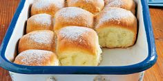 Kypré české buchty Slovak Recipes, Czech Recipes, Russian Recipes, European Kitchens, Bread And Pastries, Desert Recipes, Hot Dog Buns, Food And Drink, Sweets