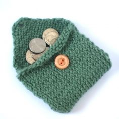 Knitting pattern for an envelope-style change purse with button closure. Simple. Quick. Cute.