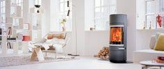 Scan 83 i sort/grå - dansk design og innovasjon - Ildstedet Foyers, Open Space Living, Living Spaces, Pellets, Wood Burning, Stay Warm, New Homes, Home Appliances, House Styles