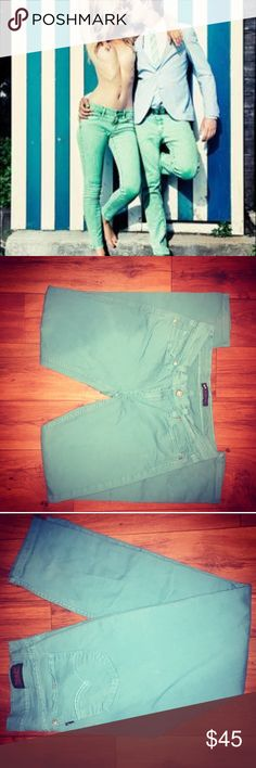 🍭 Vintage Levi's Teal Denim Jeans Levi Strauss Denim Jeans 524  Size 5  - Color: teal - Turquoise  - Skinny jeans, hugged fit  - Comfortable & hipster  - NWOT. Perfect new condition  - Vintage style - 90's Grunge Levi's Jeans Skinny