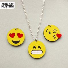 Collar de emojis