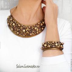 Купить Комплект украшений Старое золото (полимерная глина и стеклянный жемчуг - украшение на шею