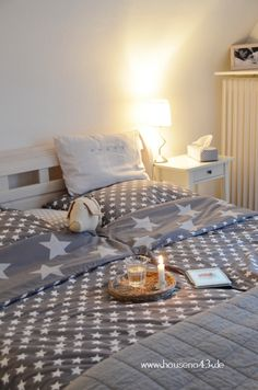 I want these sheets! Nordic Bedroom, Cosy Bedroom, Interior Inspiration, Room Inspiration, Sofas, Parents Room, Kid Spaces, Decoration, Sweet Home