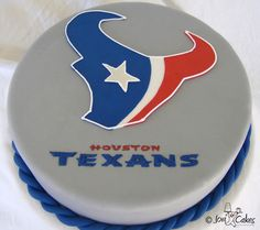 Texan cake. Grooms cake. Pretty Cakes, Beautiful Cakes, Amazing Cakes, Houston Texans Party, Susie Qs, Sport Cakes, Cupcake Cookies, Cupcakes, Specialty Cakes