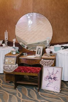 vintage wedding decor idea this bride displayed her great grandmothers vanity at her wedding
