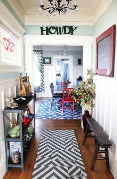 nice wide hallway/entryway