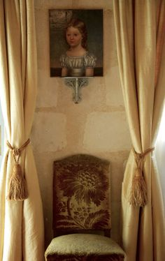 Gold Room - Sunflower cut velvet, must find the maker! Moulin Bregeon in Loire Valley. Gold Rooms, Interior Windows, Old World Style, Neutral Palette, French Country House, Beautiful Interiors, French Interiors, French Decor, Inspired Homes