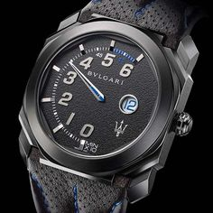 Italian car maker Maserati unveiled in collaboration with Bulgari two new special edition Bulgari Octo Retro Maserati watches at Frankfurt Motor Show. Fine Watches, Sport Watches, Watches For Men, Men's Watches, Unique Watches, Dress Watches, Bvlgari Diagono, Bvlgari Serpenti, Bvlgari Watches