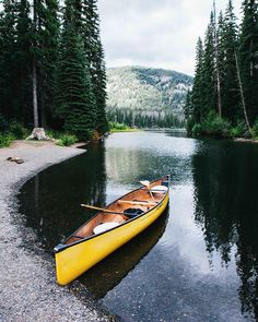 "l-esbian - l-esbian aristocrator: "" Quick paddle down Lightning Lake. Get Outdoors, The Great Outdoors, Camping Outdoors, Oh The Places You'll Go, Places To Travel, Canoa Kayak, Canoe And Kayak, Canoe Trip, Parkour"
