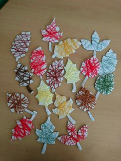 Listy z vlny a kartonu Autumn Crafts, Autumn Art, Autumn Ideas, Indoor Activities For Kids, Preschool Activities, Preschool Curriculum, Fall Art Projects, Projects To Try, Diy And Crafts