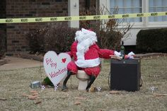 Someone pranked my neighbor this morning. Santa on a toilet with corncobs, a wine bottle, flowers, christmas lights, a fridge, and a valentine. I don't quite get it, but I understand it's an ongoing thing between several friends.     Cool and Funny! Funny Valentine, Valentine Day Cards, Be My Valentine, Senior Pranks, Funny New, Christmas Humor, Christmas Lights, Santa, Bottle