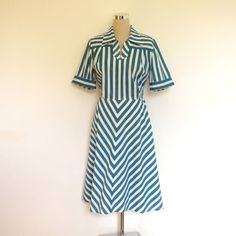 Vintage shirt dress / 70's dress / Chevron stripe / by hurdyburdy, £23.00