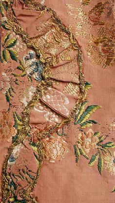 Close up of ca 1760 Robe à la Française showing fly fringe curvelinear decoration on edge of front opening of skirt. Also visible are the brocaded elements in the fabric, including metallic threads. 18th Century Dress, 18th Century Clothing, 18th Century Fashion, Historical Costume, Historical Clothing, Vintage Outfits, Vintage Fashion, Vintage Dress, Renaissance