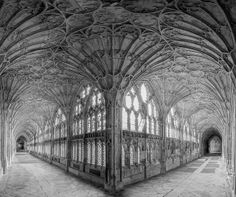 Gloucester Cathedral Cloisters B&W
