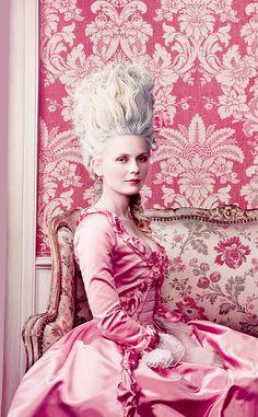 Kirsten Dunst As Marie Antoinette Vogue 2006.......