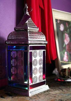 Oosterse lantaarn op de slaapkamer