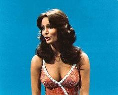 Jaclyn Smith pictures and photos Beautiful Celebrities, Beautiful Actresses, Gorgeous Women, Classic Actresses, Hollywood Actresses, Jaclyn Smith Charlie's Angels, Jacklyn Smith, Cheryl Ladd, Cheryl Tiegs