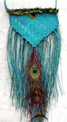 'Phoenix rising' entered in local Art to Wear. Woven with harakeke (flax) Pieces for sale are further down the page. Flax Weaving, Basket Weaving, Maori Designs, Weaving Techniques, Peacocks, Kiwi, Feathers, Macrame, Dreams