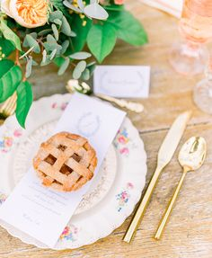 Southern wedding reception details for this adorable farm wedding in Elberta, Alabama Rustic Peach Wedding, Blue And Blush Wedding, Farm Wedding, Wedding Bells, Wedding Reception, Dream Wedding, Spring Wedding Colors, Spring Wedding Inspiration, Wedding Ideas