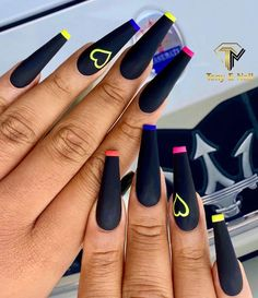 There are many styles of black nails. In addition to the conventional solid color nails, there are many unique practices. In the past, some girls had a prejudice against black nails, and thought that making nails black was a litt Manicure Nail Designs, Acrylic Nail Designs, Nail Manicure, Nails Design, Best Acrylic Nails, Summer Acrylic Nails, Summer Nails, Nail Swag, Stylish Nails