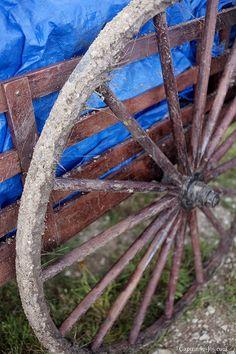 """Képtalálat a következőre: """"muddy wagon wheel"""""""