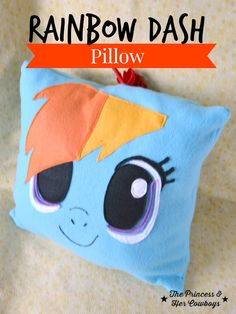 Rainbow Dash Pillow - I made this for my My Little Pony loving nieces and they loved it! Rainbow Dash, Diy For Kids, Crafts For Kids, Diy Crafts, Simple Crafts, Fabric Flower Tutorial, Fabric Flowers, Little Poney, My Little Pony