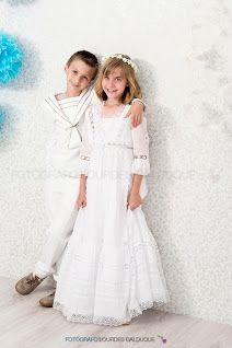 Girls Dresses, Flower Girl Dresses, Poses, White Dress, Wedding Dresses, Madrid, Ideas, Fashion, Sibling Photography