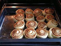 Cinnamon Rolls Penne, Cinnamon Rolls, Apple Pie, Pudding, Desserts, Finger Food, Dessert Ideas, Food Food, Tailgate Desserts