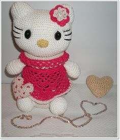 Small Things of Crochet: Kitty......tan dulce ella!