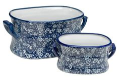 of 2 Calico Bowls, Blue/White, An elegant design in blue and white lends this set of porcelain bowls a timeless and sophisticated look. Willow Flower, Flower Pots, Flower Vases, Blue And White China, White Decor, Decorative Bowls, Decorative Accents, Chinoiserie, White Porcelain