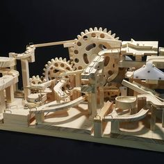 It is not mechanical, it is motion Diy Birthday Gifts For Sister, Rube Goldberg Machine, Marble Maze, Marble Machine, Mechanical Power, Retro Games, Wooden Crafts, Wood Toys, Marbles