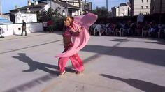 Rosalia Gállego bailando en Fiesta Cal Cego