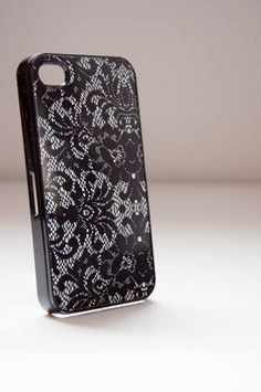 Lace iPhone case. WANT.
